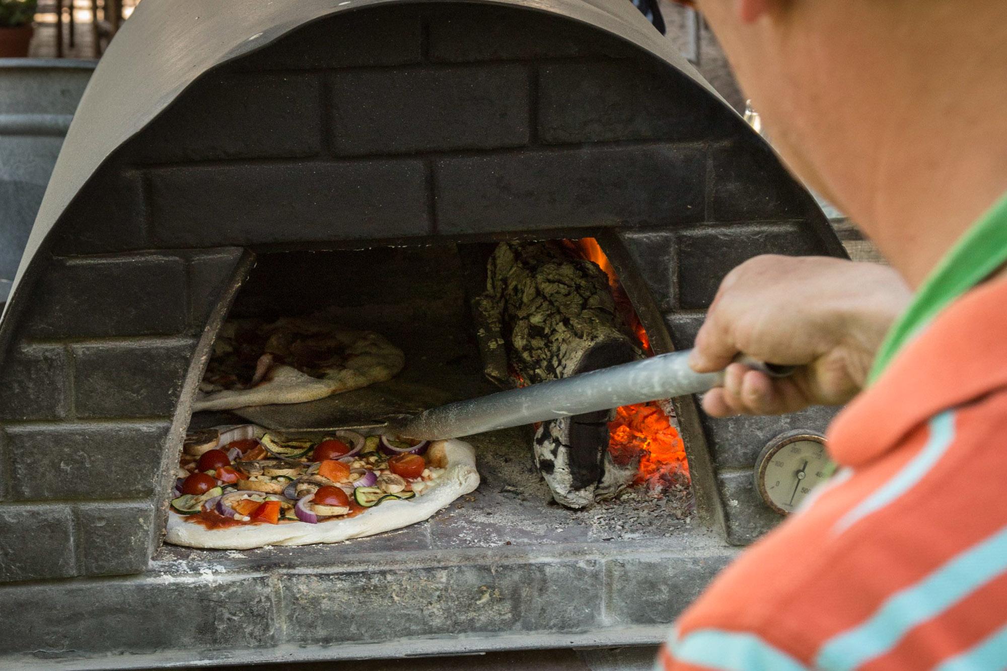 Workshop pizzabakken bij Landrucci Kromme Rijnstreek